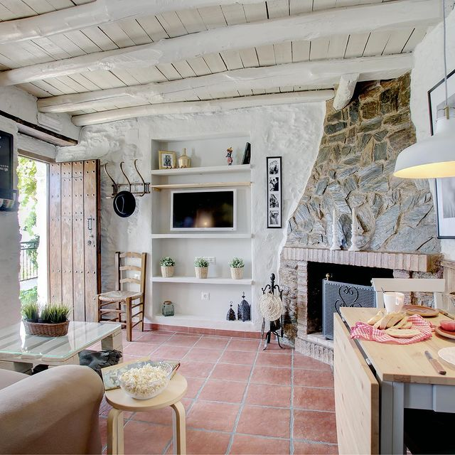 cozy_cottage_spain