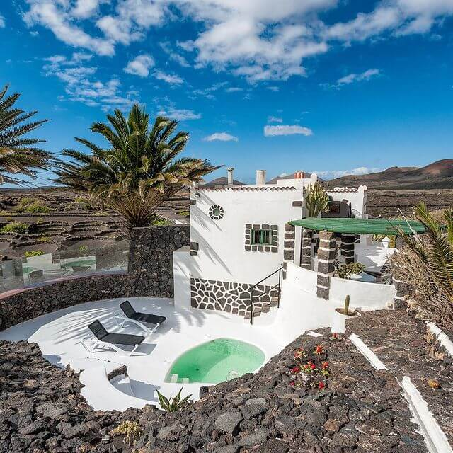 airbnb_volacanic_rock_canary_islands